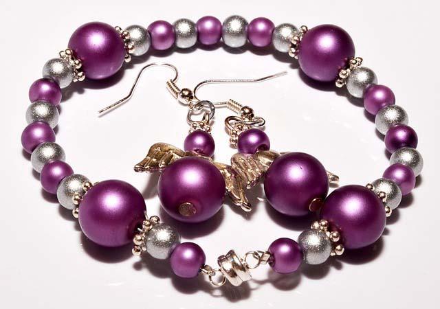 Triki pomocne w własnoręcznym tworzeniu biżuterii